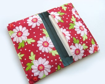 Foldable tissue holder - Daisies - Ready to ship - Travel tissue holder