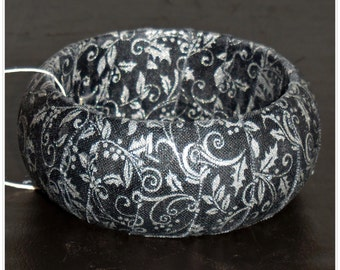 Black and Silver Metallic Bangle, Holly Filigree Fabric Bangle, Fabric Wrapped Wood Bangle Bracelet