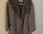VIntage 1960s Davis of Boston Men's Faux Fur Lined Coat Size about 15 (Medium)