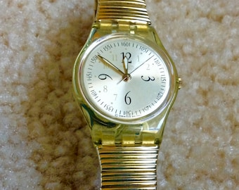 Swatch watch women's watch Vintage Wrist Watch Small Dial with original box and papers