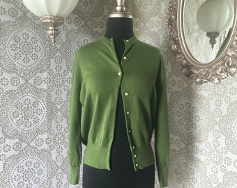 Women's Vintage 1960's Virgin Wool Army Green Cardigan Sweater M/L
