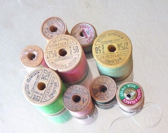 Belding Corticelli and Coats and Clark, 9 spools in peach and green thread