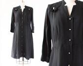 "1940s Dress / Pleated shoulders Bows / Black dress / extra Large Plus Size 1940s Dress / 46"" Bust 33"" Waist"