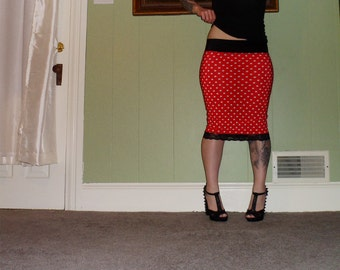 Minnie Mouse - Red And White Polka Dot Pencil Skirt