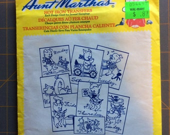 Aunt Marthas hot iron transfer -3743 Personality Pigs Days of the Week