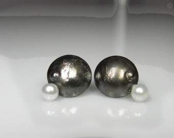 dome pearl earrings, sterling silver stud, black, white, wedding jewelry, modern, artistic