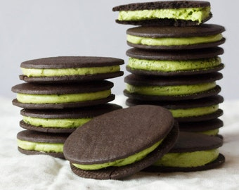Matcha Oreo Cookies