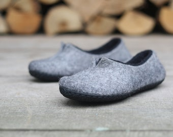 Felted slippers Women home shoes Grey Black Natural Women slippers Eco fashion Traditional felt 100% wool Women winter sho