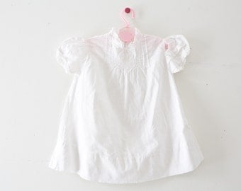 Vintage Baby Dress Vintage White Smocked Dress Size 0-3 Months