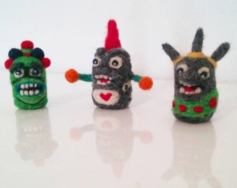 Three Little Stinkies - Adorawools Gifts for your Stinky Soul Mate - Needle Felted Cake Toppers and  Custom Orders