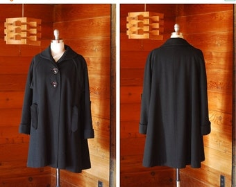 SALE / vintage 1950s coat / 50s black wool swing coat / size large