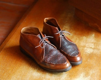 SALE / vintage brown woven leather Italian ankle boots / size 7.5