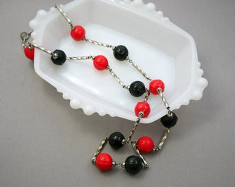 Vintage Art Deco Czech Glass Necklace Red and Black