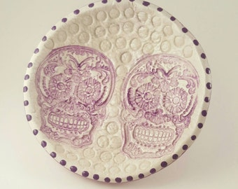 Day of the dead. Sugar skull. Clay bowl. Dia de los Muertos. Decor. Skull.