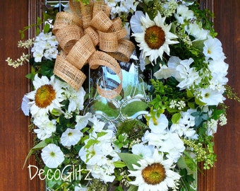 WHITE SUNFLOWERS Grapevine Wreath with a NATURAL Woven Bow, Summer Wreath, Spring Wreath, Wedding Wreath