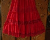 90s red tiered lace Mexican full skirt