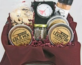 THE ULTIMATE GRILL Gift Set - Barbecue Spices, Grill Top Thermometer, Smoked Salt, Smoking Chips, Metal Condiment Caddy - Father's Day Best
