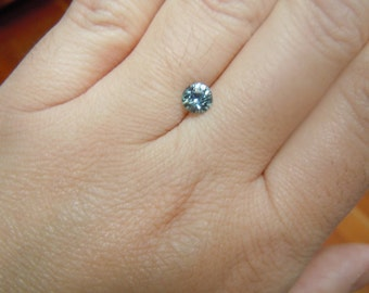Genuine Fancy Montana Sapphire .83 carat Round Brilliant Blue green yellow color shift Excellent clarity Loose gemstone