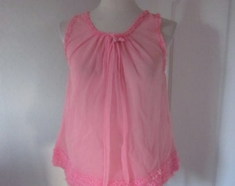 Pink negligee / night shirt from the 60s