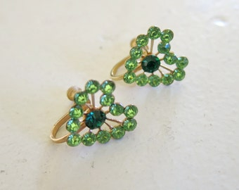 Green hearts rhinestone-earrings from the 40s or 50s