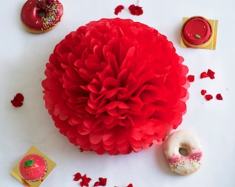Paper pom pom in Cherry red - bright - 7 sizeavailable