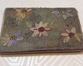 1930's Embroidered Purse