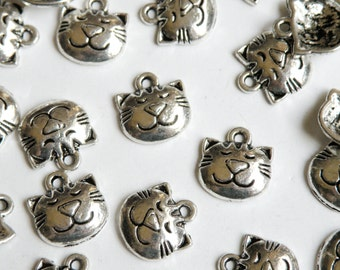 10 Kitty Cat Face charms antique silver 14x13mm P3578