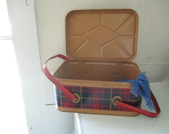 Retro hinged tin picnic basket ~ a mid century gem...too fab for words