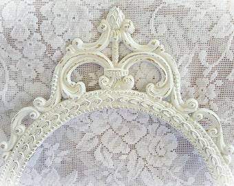 Shabby Chic Frame ~ Cream White Oval Frame, Ornate Frame, Vintage Frame, Open Picture Frame, Wall Decor, Distressed Frame