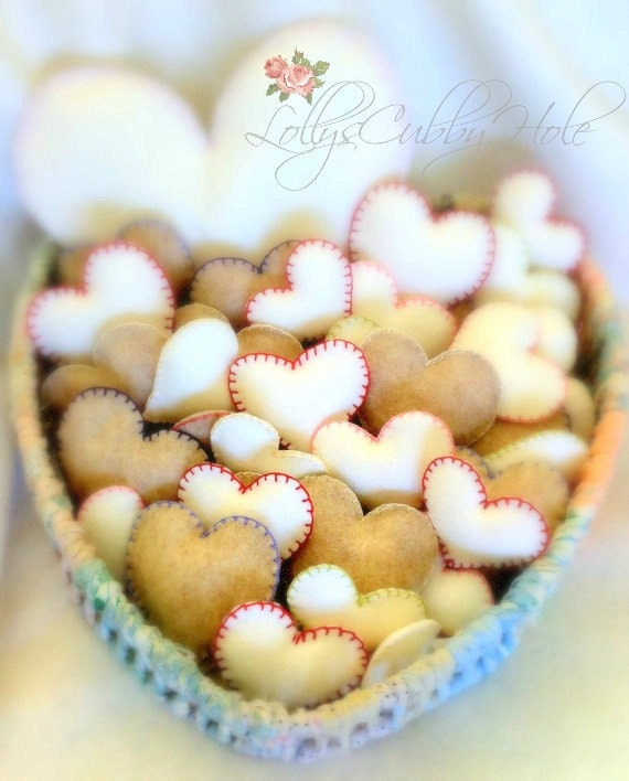 Felt Heart Favors - Heart Ornaments -  Wedding Gift - Shower Favors - Baby, Engagement Shower - Party Favors ( Sets of 10)