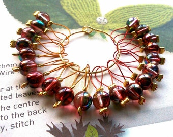 20 Knitting stitch markers Apples in the Orchard