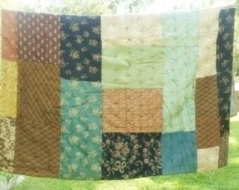 Antique Quilt, Victorian Quilt, Upholstery Quilt, Vintage Linens