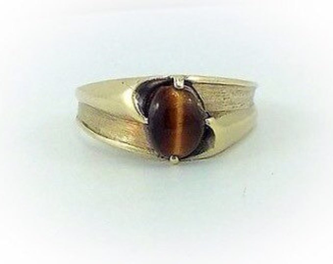 Stunning Vintage Solid Gold Mens Tigereye Ring, Vintage Solid 10k gold casual ring. Stone band gold ring. Estate.