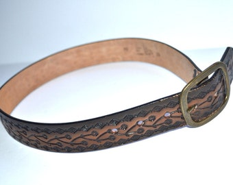Vintage   cowhide  brown tooled leather Western belt The leather shop San Francisco cowgirl cowboy   belt  Size 38/40 Large