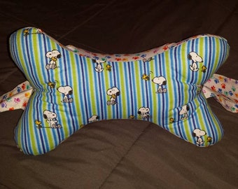 3-sided Dog Bone Shaped Neck Pillow with handles in Snoopy and Woodstock theme