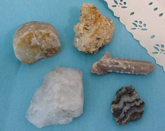 Rocks and minerals  - Crystalized quartz wand - Mica -  science fair - 5 specimens - educational gift - meditation stones