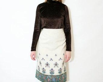 ON SALE Vintage 70s Ivory Boho Floral Midi Pencil Skirt