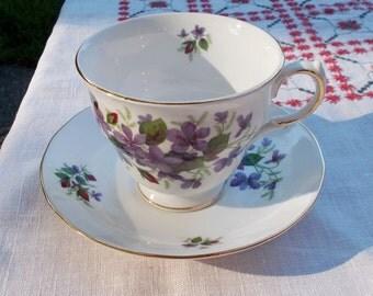 70s Purple Violets RIDGWAY Teacup Set Bone China ENGLAND #F176