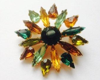 Star brooch - vintage costume jewellery - brown green