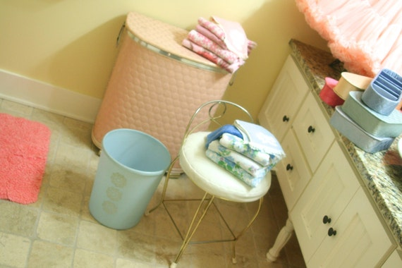 Vintage Pink Embossed Polka Dots Vinyl and Wicker Hamper Cottage Chic by Pearl-Wick Self Ventilating Laundry Clothes Bin