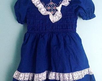 40% off Vintage smocked navy blue smocked dress Size 3t