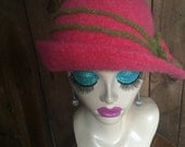 Crocheted Felted Cloche Flapper Hat 'Ronie'