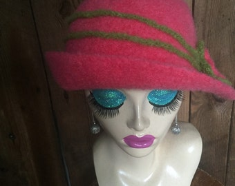 10% OFF CODE Crocheted Felted Cloche Flapper Hat 'Ronie'