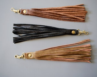 Leather tassel key fob chain  / Hickory Tan / bag zipper pull / bag decoration extra long length by Holm goods