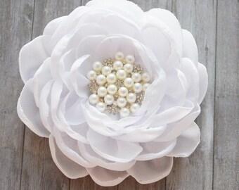 White Wedding, White Hair Flower, Bridal Flower, Hairpiece, Hair Accessory, Flower for hair, Hair Ornament, Chiffon, Fascinator, Bridesmaid