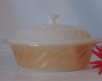 Vintage Anchor Hocking Fire King Lusterware Swirl Pattern 1 Quart Casserole Dish and Lid. Perfect Condtion.