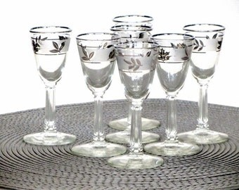 Libbey Frosted Silver Foliage Cordial Glasses Liqueur Sherry Autumn Leaves Stemmed Barware