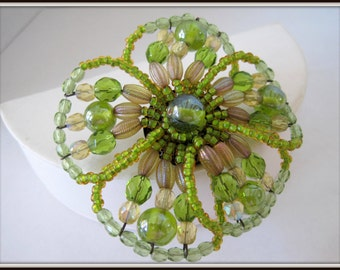 Peridot Glass Bead Brooch - Flower Shape - Elegant Pin