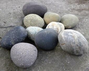 10 Round Beach Stones Striped Smooth Rustic Speckled Purple Garden Gardening Ponds Fountain Home Decor Meditation Therapy Waldorf Ocean Sea