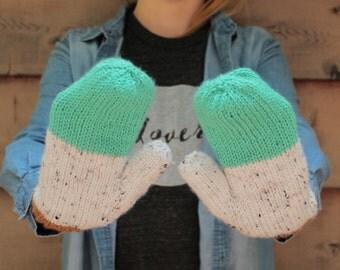 Colorblock Mitts - PDF knitting pattern